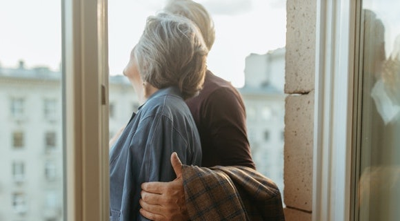 RELOCATING-IDEAS-AFTER-RETIREMENT-call-the-movers-1